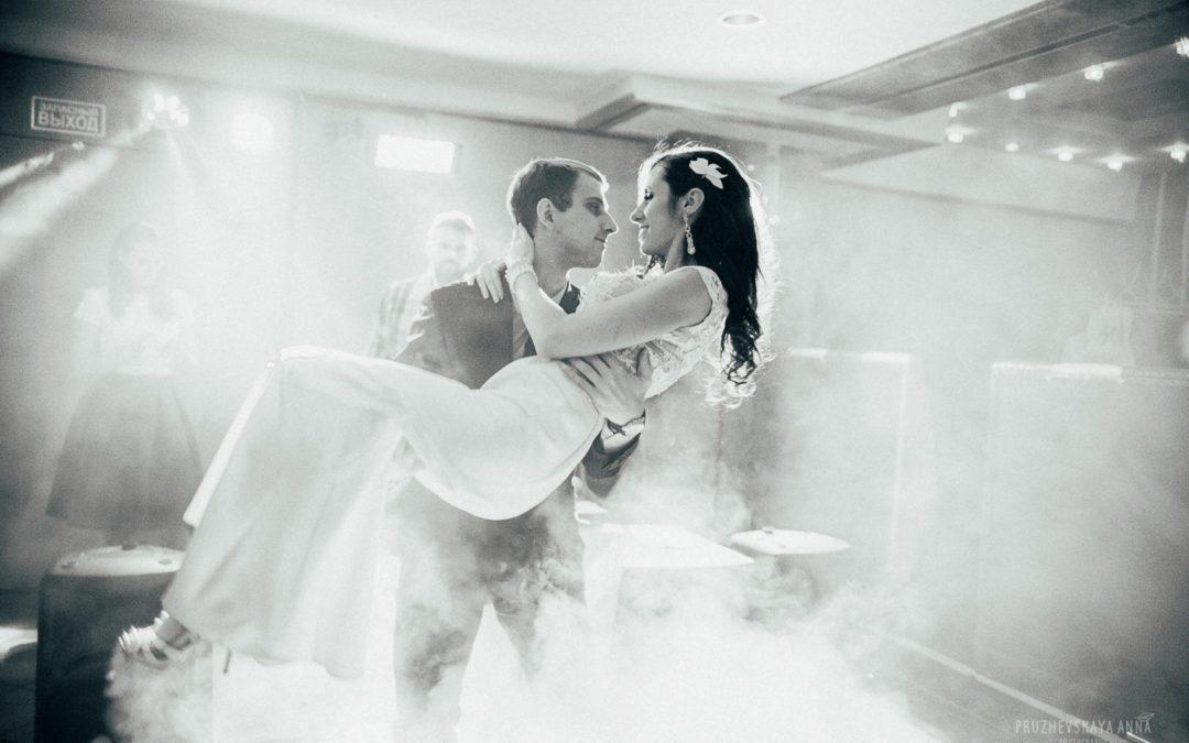Keep Your Wedding Dance Floor Packed