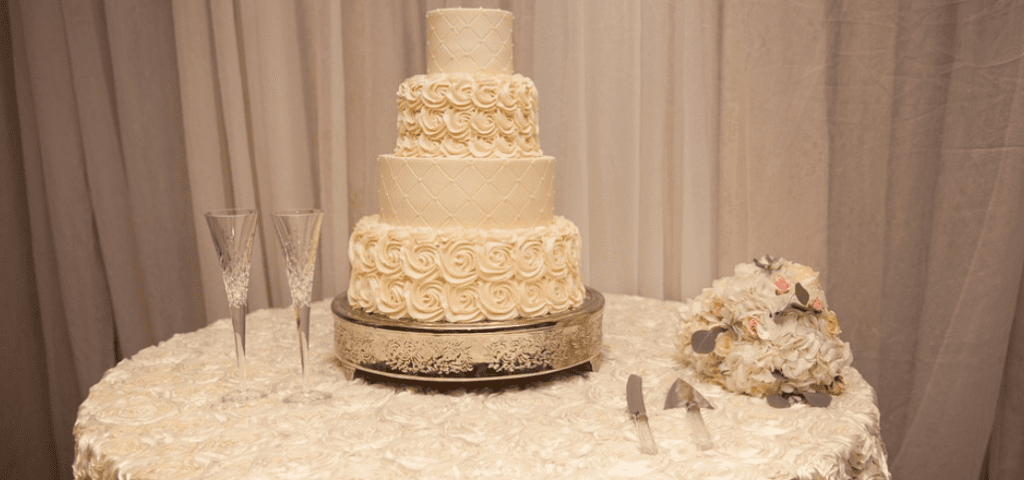 Songs for Your Wedding Cake Cutting Ceremony | Black Tie Productions