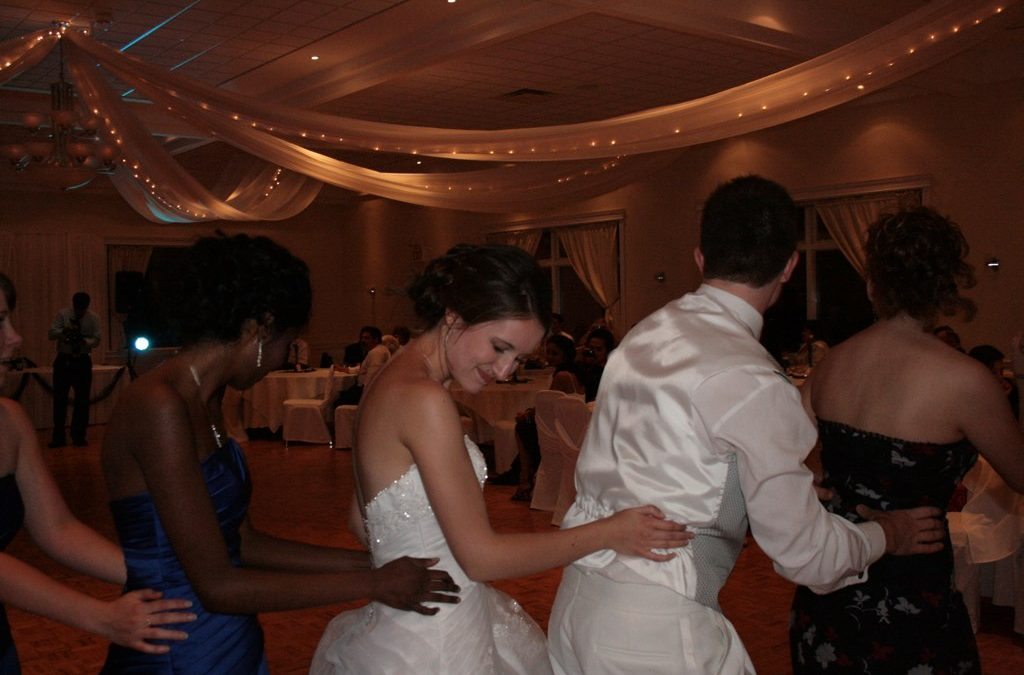 Top Wedding Group Dances