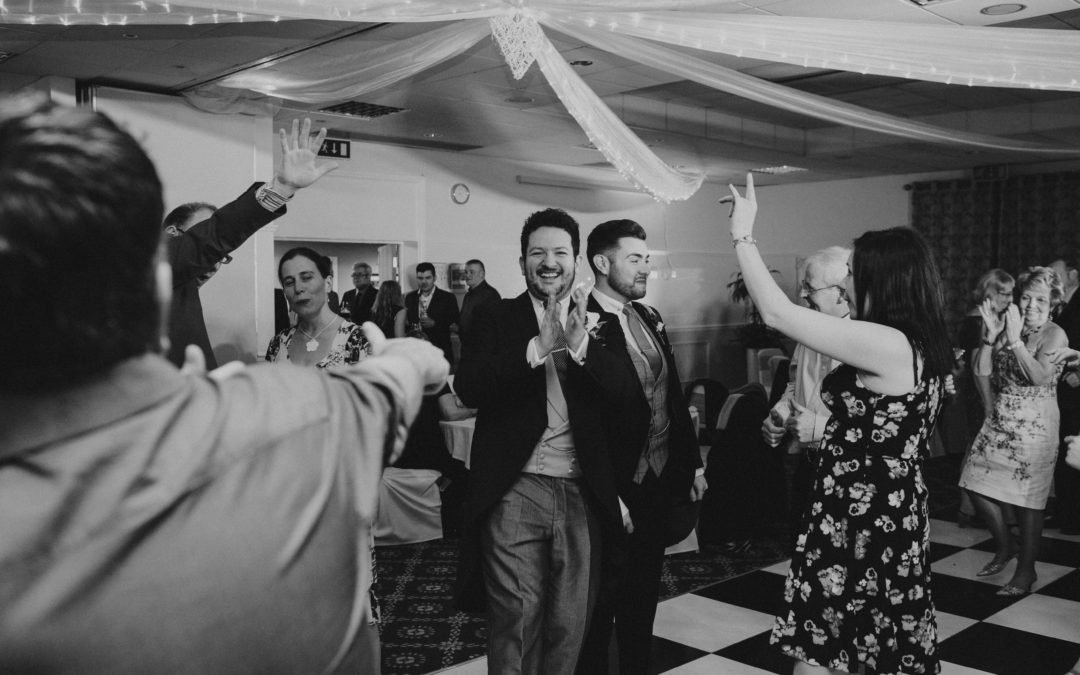 Top 2017 Wedding Songs to Inspire Your Big Day Playlist